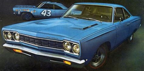 1968 Plymouth Road Runner - Power to the People - Old Car